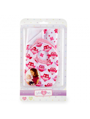 https://truimg.toysrus.com/product/images/you-&-me-bib-burp-cloth-set-for-12-to-14-inch-doll--27896540.pt01.zoom.jpg